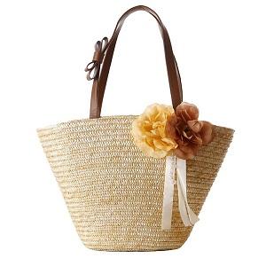 bolso de paja con flores